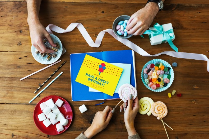 20+ Creative Birthday Card Ideas for Your Inspiration [Images]